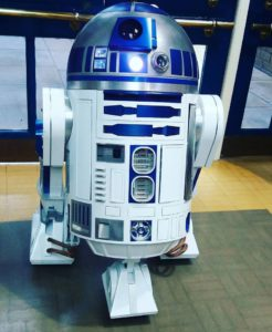 R2D2 found a nice place to stand.